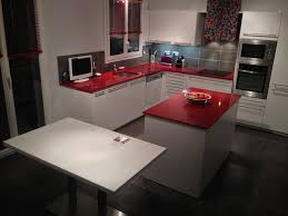 plan de travail cuisine noir paillet cuisine cuisine blanche plan de travail quartz cuisine blanche