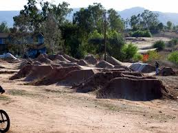 Backyard Bmx Dirt Jumps Bmx Dirt Jumps In Colorado This Is Pretty Sweet But I Think Id
