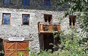 chambre d hote jausiers la bousquetière maison d hôtes et gîte de charme en ubaye