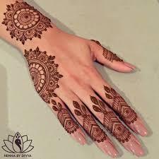 henna design on instagram see this instagram photo by hennabydivya 6 624 likes mehndi