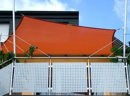 seitenrollo balkon balkon sonnenschutz rollo marcusredden