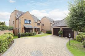 atwell martin swindon listing of current properties for sale