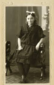 Historical Photos Circulating Depict Women Mormonism In Pictures Family History 30 April 2013