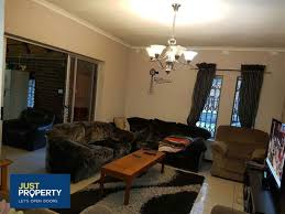 elegant four bedroom house to rent in falcon ridge vereeniging