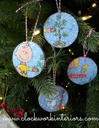 kid friendly ornament made from target 1 wood slice