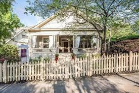 1920s midtown atlanta bungalow epitomizes cozy at 660k curbed