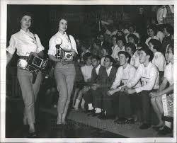 la photographers 1962 press photo photographers la velda la vona
