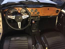 Tr6 Interior Installation Fuel Injected 1976 Triumph Tr6