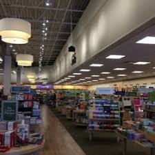 Barnes Noble Richmond Va Barnes U0026 Noble 13 Reviews Bookstores 1220 Carl D Silver Pkwy