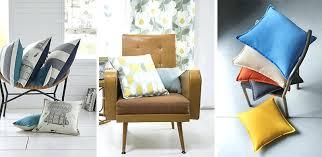 coussin déco canapé deco coussins deco coussins adopter la couleur pastel pour la maison