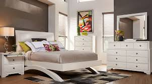 White King Platform Bed Belcourt White 5 Pc King Platform Bedroom King Bedroom Sets White