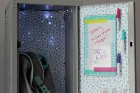 22 DIY Locker Decorating Ideas