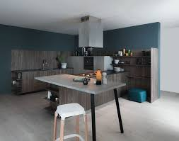 tendance peinture cuisine design interieur peinture cuisine bleu pétrole couleur tendance