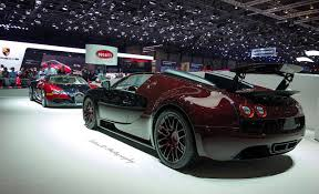 first bugatti veyron file first and last bugatti veyron 16590924940 jpg wikimedia