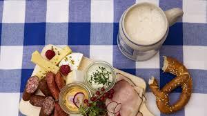 bavarian restaurant in munich paulaner u0027s wirthaus u0026 beer garden
