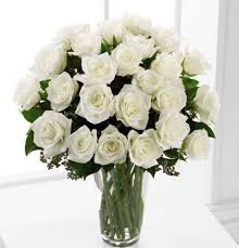 White Rose Bouquet White Roses Arranged In Vase Kremp Com