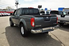nissan frontier gas warning light new 2017 nissan frontier sv v6 crew cab pickup crew cab pickup in