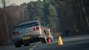 nissan skyline wallpaper for android nissan r34 skyline gt r vs r35 gt r downloadable image gallery part 2