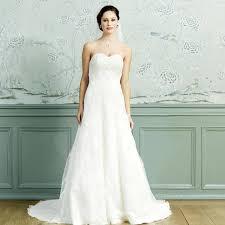 robe de mari e pas cher princesse robe de mariée princesse dentelle ivoire