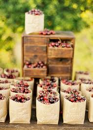 summer wedding favors 8 refreshing summer wedding favor ideas wilkie