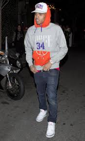 chris brown gets the hook in hit and run ny daily