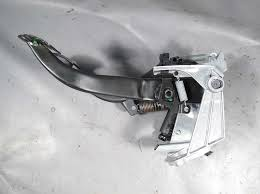 2008 2013 bmw e90 3 series 1 series manual clutch pedal assembly w