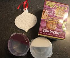 resin crafts create a ornament mold with silicone putty
