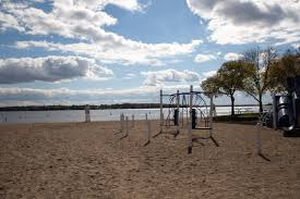 Minnesota beaches images Wayzata mn official website jpg
