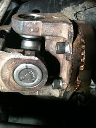 Dodge Ram Cummins 2015 - spicer u joints all the way around axle front and rear shaft