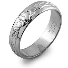 mens claddagh ring mans sterling silver claddagh wedding ring ms rs42 i wish i