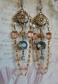 and pearl chandelier earrings best 25 pearl chandelier ideas on vintage bridal