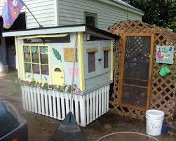 Golden Girls House Golden Girls Themed Hen House 5 U0027x4 U0027 Backyard Chickens