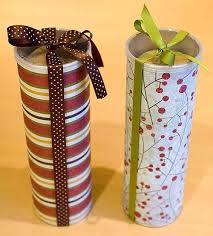 christmas craft ideas pringles containers for cookie gifts use