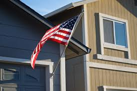 American Flag House Here U0027s How You U0027re Supposed To Fly The Flag On Memorial Day Weekend