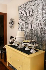 New Years Table Decorations Ideas by