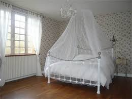 small bedroom with thin bed frame fits with canopy bedding design