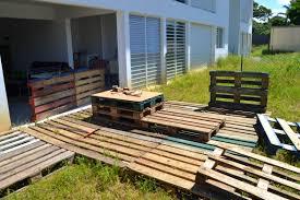 fabrication de coffre en bois salon de jardin en palette en bois comment faire tuto fabriquer