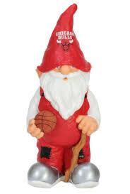 amazon com nba chicago bulls garden gnome outdoor statues