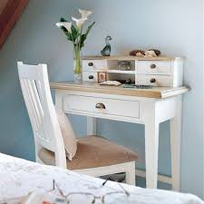 White Small Desks Amazing Best 25 Small Writing Desk Ideas On Pinterest Study Areas