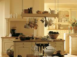 hängeregal in der küche das ist beim kauf zu beachten - Hängeregal Küche