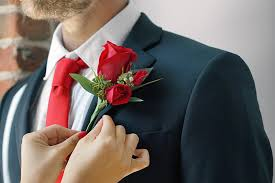 groom s boutonniere how to put on a boutonniere in 5 easy steps ftd