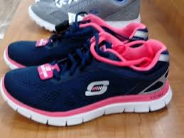 skechers black friday best 25 skechers outlet ideas only on pinterest camo shoes