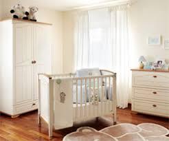 chambre bébé comment aménager la chambre de bébé femmezine