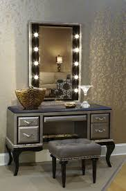 Vanity Set Furniture Dressing Room Area With Bulb Light Vertical Style Mirrored