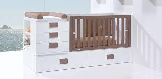 chambre bébé pas chère lit bébé évolutif ou lit bébé combiné lequel choisir