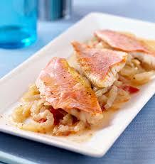 cuisiner rouget filets de rougets au fenouil et pastis en papillote les