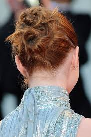 hairstyle ipa emma stone straight ginger bun updo hairstyle steal her style