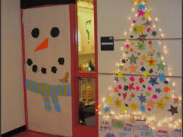 office 30 decorative door ideas christmas office reindeer stable