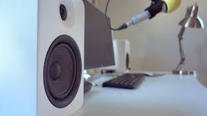 Bookshelf Powered Speakers Hands On Kanto U0027s Yu5 Powered Bookshelf Speakers Deliver Big Sound