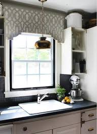kitchen valance ideas stenciled valance for a kitchen window pinteres